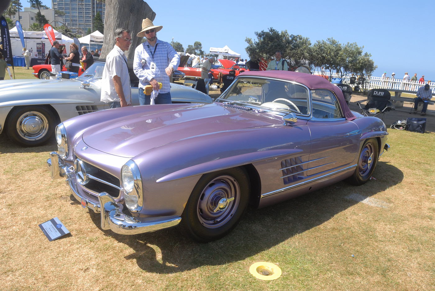 1957 Mercedes-Benz 300 SL roadster presented by Hjeltness Restoration