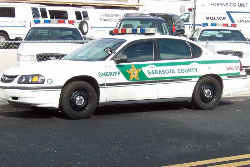 marion county sheriff car - 800×533