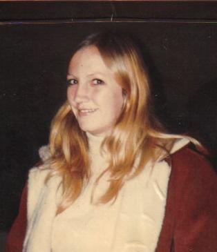 Julie 18yrs