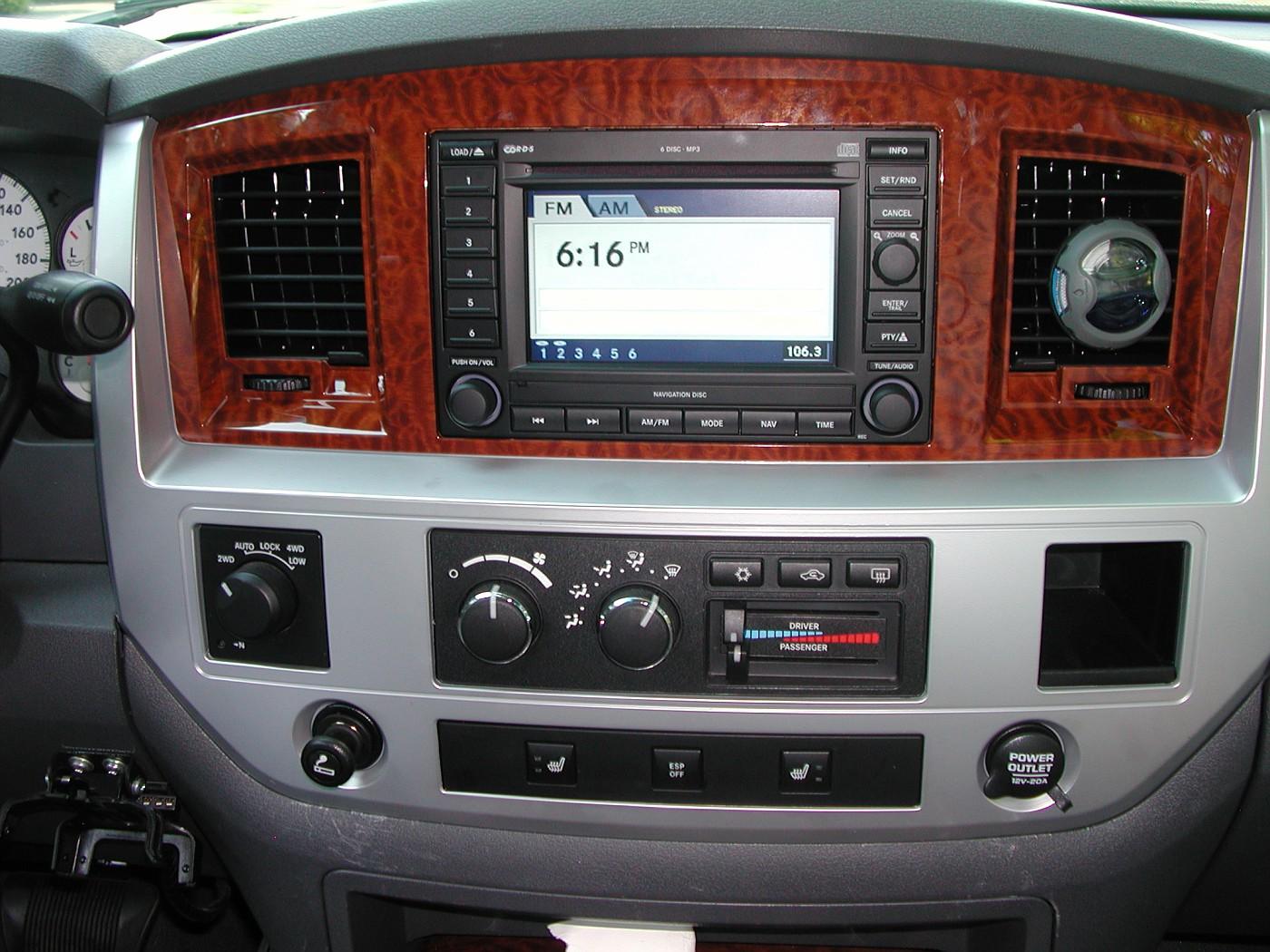 2007 Ram Navigation Radio Rec Installation Pic S Dodgeforum Com