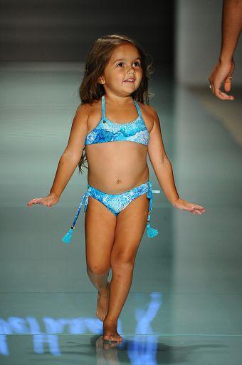 Lybethras MiamiSwim SS18 036