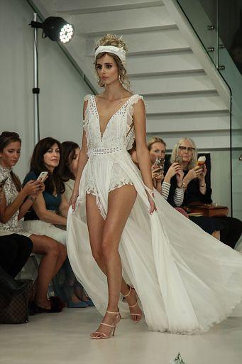 Julie Vino Bridal FW18 0130