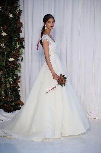 Anne Barge Bridal FW18 232