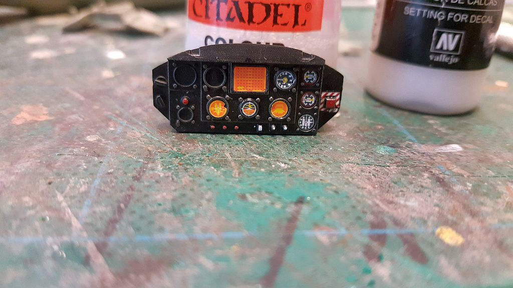 cockpit panel painted and decaled3