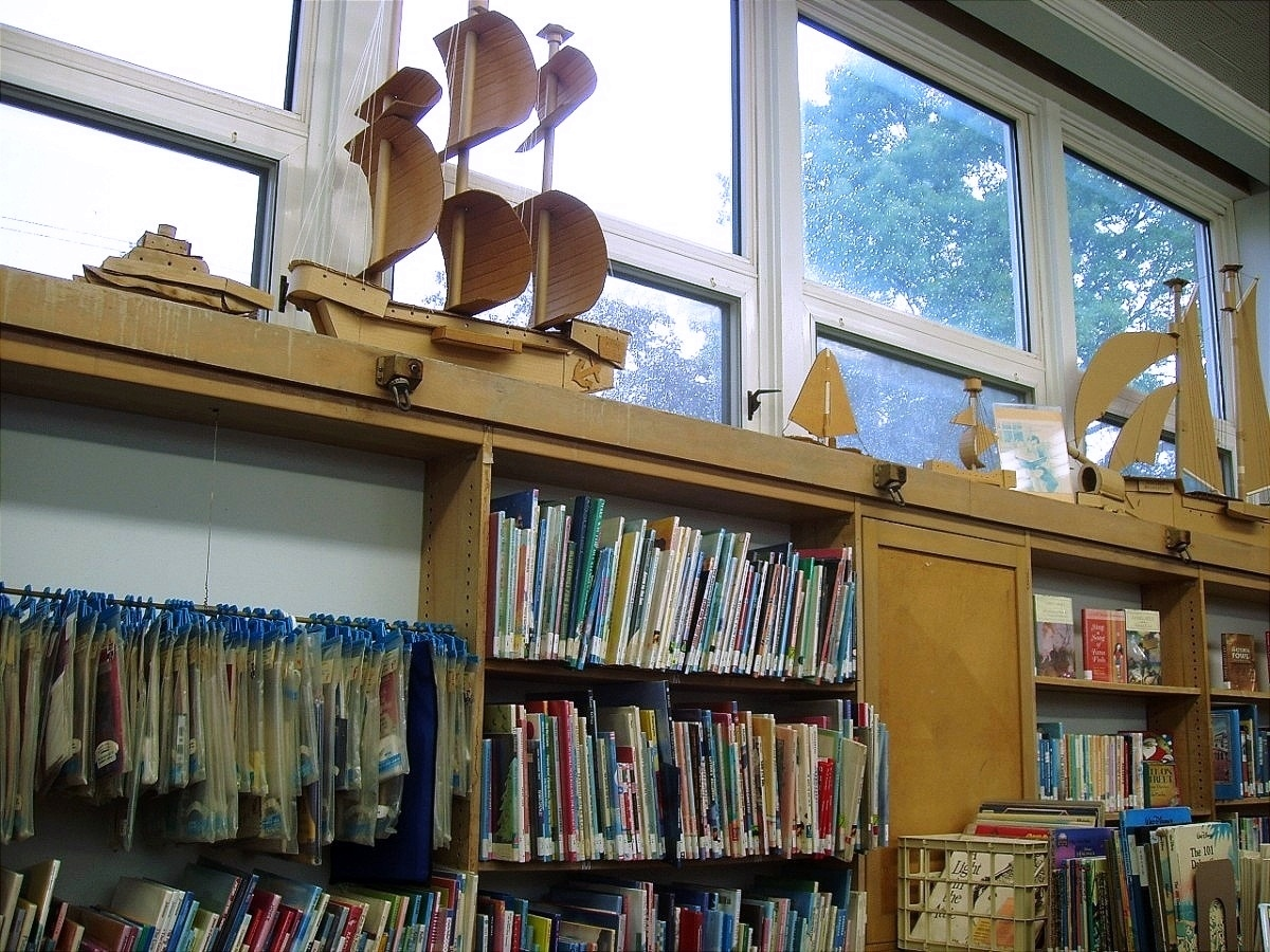 HAMDEN - COMMUNITY BRANCH LIBRARY - 03