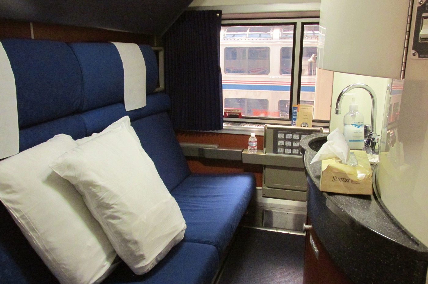 superliner bedroom suite on the road again seeing america from quot see level 13426