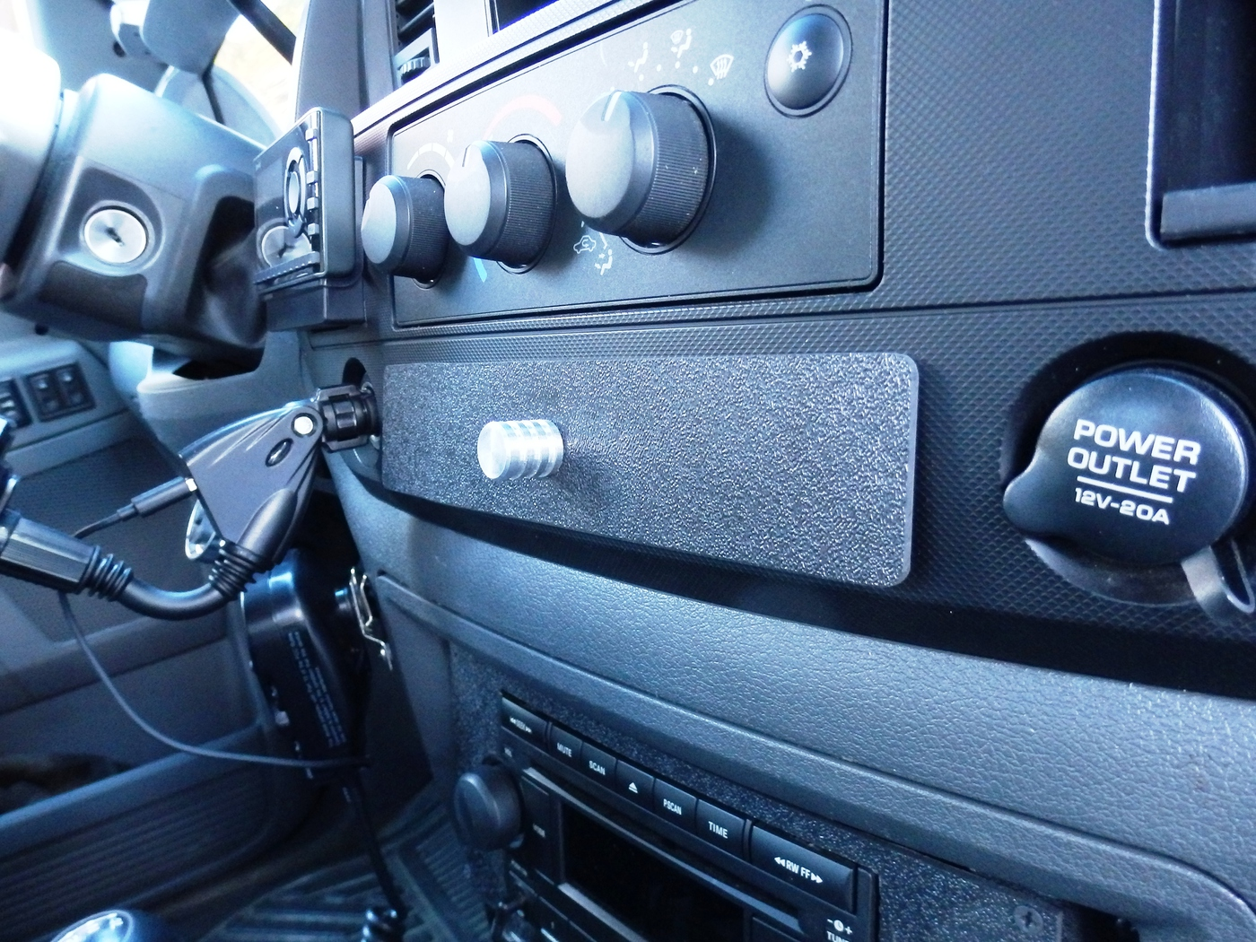 Dodge Ram 2500 Dash Modification Rvb Precision 2007 Radio Upgrade When Installing The Cb I Realized That Had A Small Space Under Could Leave Swr Match Box