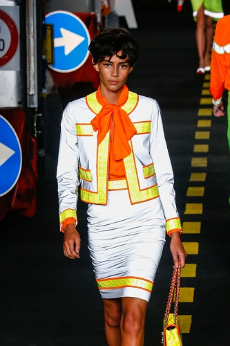 Moschino SS16 MIL 015